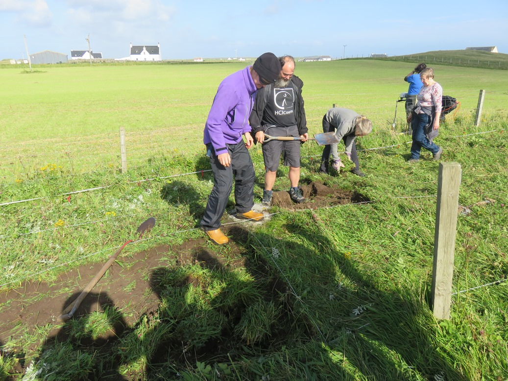 ARCHAEOLOGICAL DIG DAY 2 UPDATE – Tuesday 5th Sept